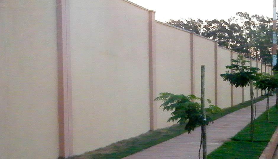 Resultado de imagem para muro em condominio